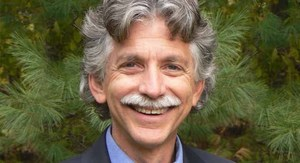 Ron Siegel, PsyD, Expert on Mindfulness Practice in Psychotherapy