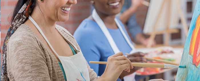 women in an art class